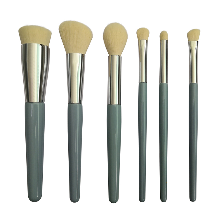 Angular brush style costom logo makeup brush